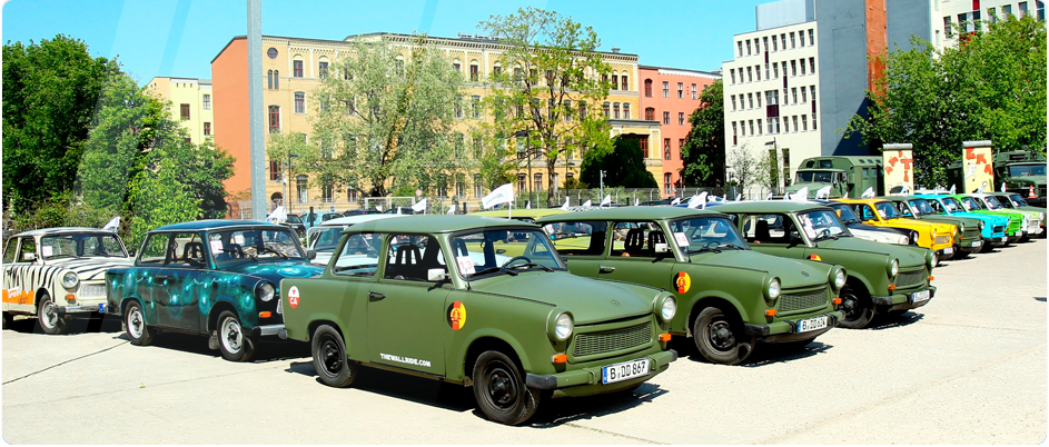 Select your trabi of your dreams of more about 100 Trabis.